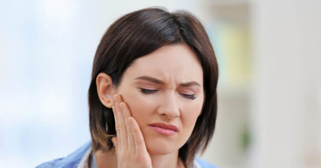 Woman's jaw hurts after sleeping